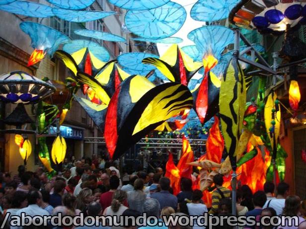 La calle Verdi, ganadora de la fiesta del 2006 con el tema extraterrestres